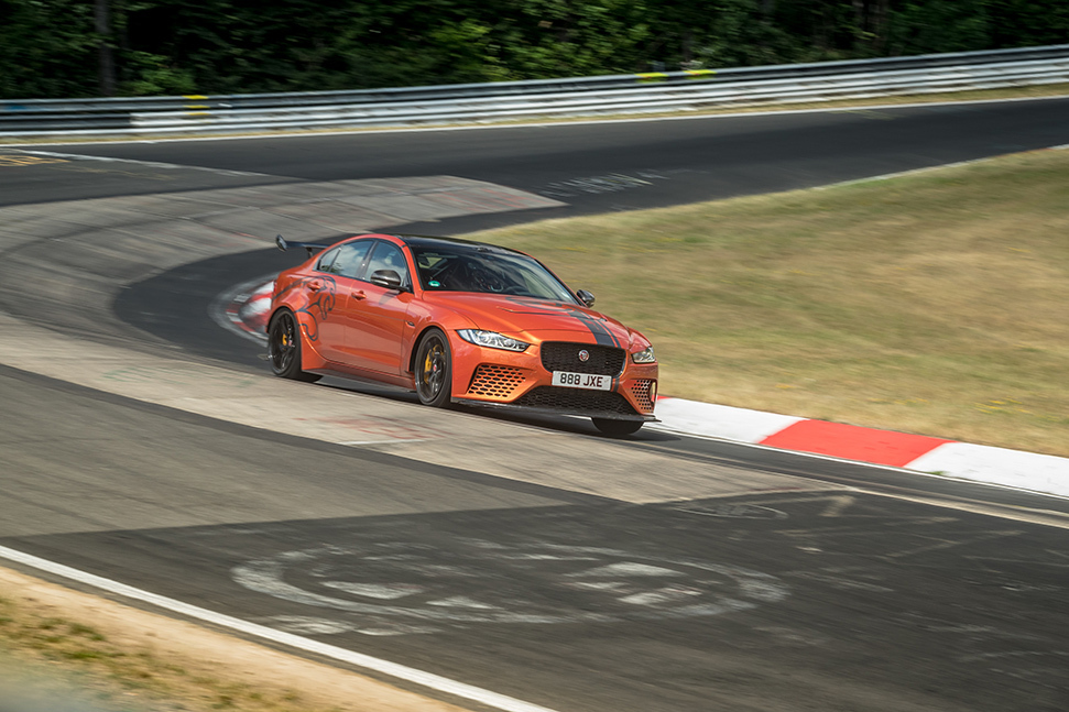 Jaguar XE SV Project 8, the world's fastest sedan, beats its own Nürburgring Nordschleife record