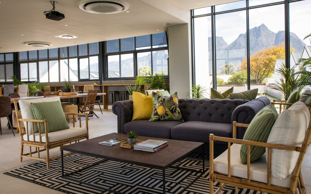 Rondebosch Oval – a luxury estate in the middle of the Suburbs